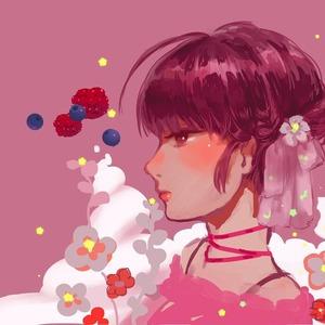 キラキラした女の子描いてます