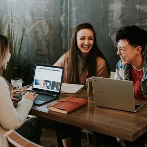 プライベートでも仕事でも活用できる、相手の心を掴む会話術